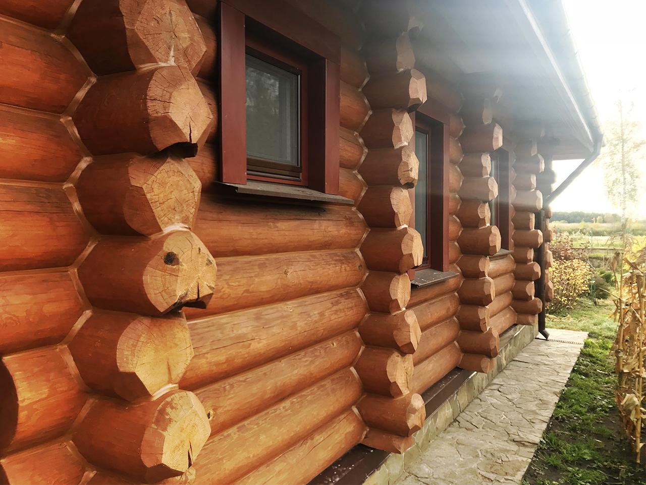Теплый шов Реммерс и дом ручной рубки